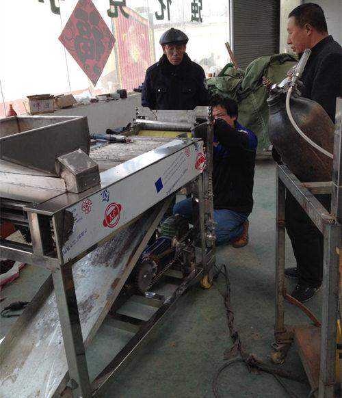 One phone call brings the order of jujube pitting and slicing machine